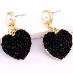 Black Heart Druzy Resin Earrings with Pearl Topper